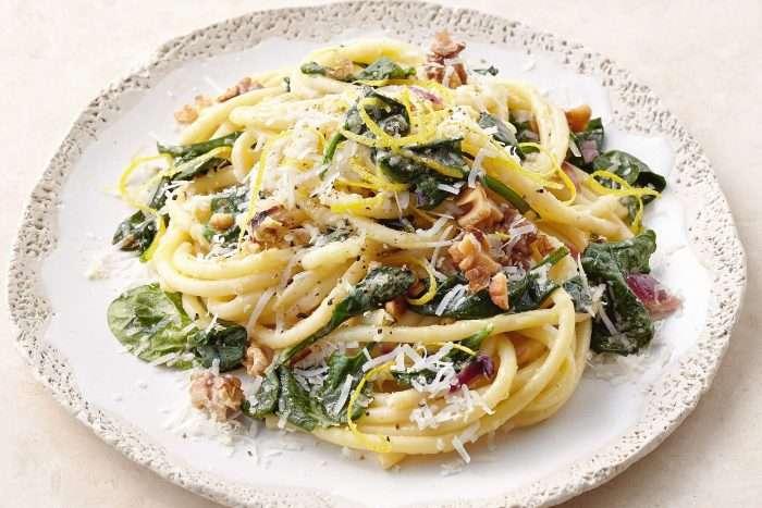 spaghetti-com-espinafre-e-mascarpone