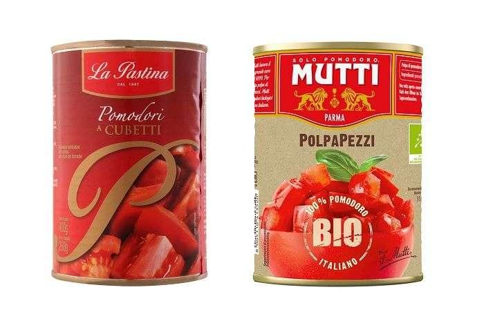 Pedaços de tomate em lata