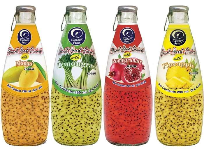 Bebida com sementes de manjericão