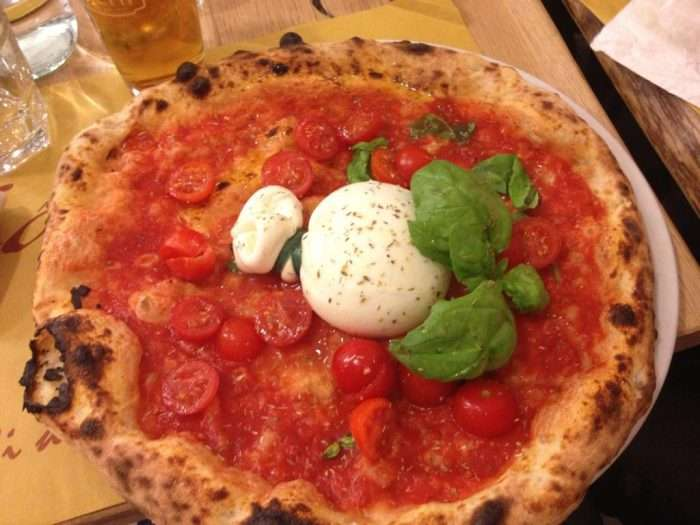 pizza com burrata