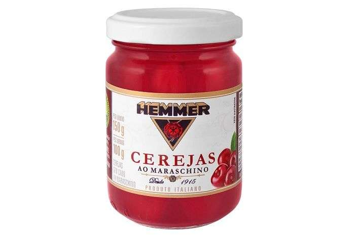Cerejas azedas maceradas no licor Maraschino