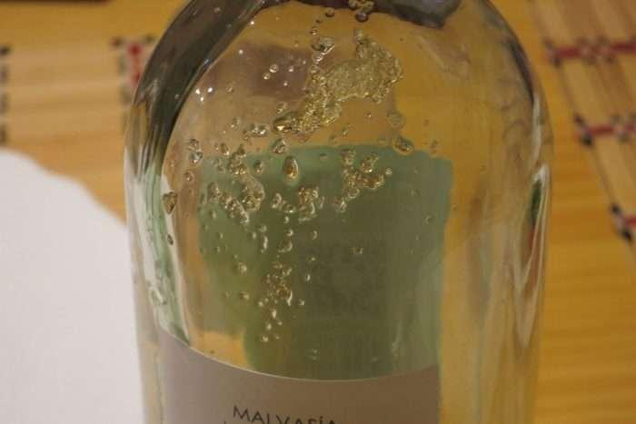 cremor tártaro em garrafa de vinho