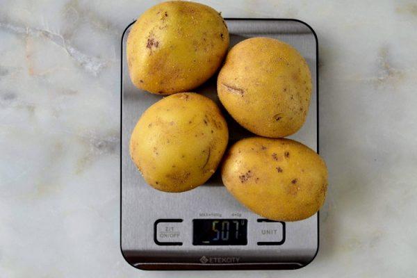 selecionar batatas para rosti