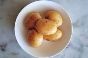 lave as batatas
