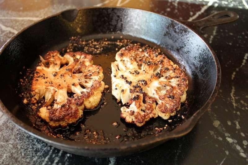 Steak de couve-flor: o bife vegetariano | Cozinha Técnica